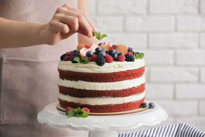 berry-layered-cake